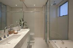 Decor Salteado - Blog de Decoração e Arquitetura : Banheiros com áreas íntimas (vaso e chuveiro) separadas! Veja modelos e dicas!