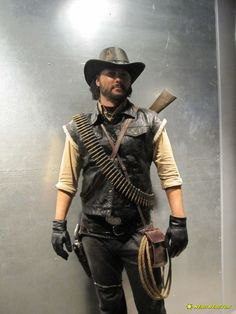 John Marsden, Red Dead Redemption cosplay. - i need to marry this man, like...right now, today.