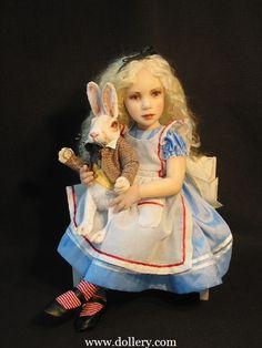 Alice in Wonderland Dolls Artista original en el Dollery