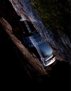 Yes it`s true, Depp for Dior. Hollywood actor Johnny Depp, is the new face of Dior Sauvage fragrance campaign. This new fragrance by Dior is a new radical