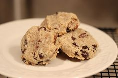 I felt like baking tonight...  These little delights did notdisappoint!    One of the hardest things about baking with low-glycemic ingredients...is that you are baking with low-glycemic ingredients. :) It's true! Alternative flours can be....tricky.  Because of this, typically when I ...