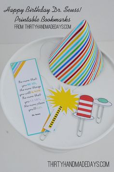Dr. Seuss Bookmarks- free printable from @30daysblog. Celebrate Dr. Seuss' brithday!