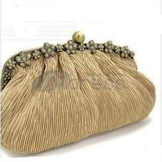 Borse Sposa-borse sposa borsa sposa borse005 Bridal Handbags, Wedding Accessories, Retro Fashion, Coin Purse, Wallet, Changing Room, Dresses, Vestidos, Walk In Closet