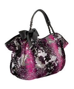 I love Betsey Johnson handbags, because I don't wear bold prints often, but by simply adding one of her bags, you can make the outfit that much better. Catty Noir, Betsey Johnson Handbags, Michael Kors Wallet, Purses And Handbags, Ladies Handbags, Clutch Wallet, My Bags, Fashion Bags, Shoe Bag