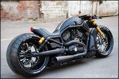 95a1706dce094 DARK KUSTOM® ( darkustom)  Harley  HarleyDavidson  Biker  BikeLife