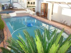 The Gables - The Gables is a spacious self-catering villa with solar heated pool and Jacuzzi. It is ideally positioned in a quiet street in the heart of Hout Bay, in walking distance to the beach and the many shops ... #weekendgetaways #houtbay #southafrica