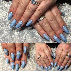 Light blue gel nails