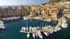 Fontvieille to dzielnica Monaco zbudowana częściowo na wodzie. Przed mieszkaniem parkuje się tu jachty zamiast aut, a spacer między drzewami odbywa się na dachach budynków. Nie trzeba już chyba dodawać, że zamieszkali ją milionerzy?