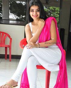 Bollywood Actress Hot Photos, Beautiful Bollywood Actress, Most Beautiful Indian Actress, Beautiful Actresses, Beautiful Girl In India, Beautiful Girl Photo, Beautiful Muslim Women, Sexy Ebony Girls, Beauty Full Girl
