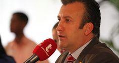 El multimillonario gobernador del estado Aragua y militante del oficialismo, Tareck El Aissami, también rechazó que los cuadros del libertador Simón Bolíva