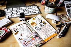 Octubre Pagés #inktober #papelcreativo #journal #halloween #watercolor #desk #october #octubre #travelersnotebook #travelersscrapbook #scrapbooking