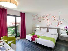 Hôtel ibis Styles Madrid Prado Moderne, économique, bien placé. Chambres jusqu'à 3 personnes, petit-déjeuner inclus.  http://www.pradohotel.com/en/