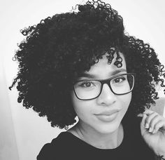 26 Best Ideas for hair care routine curly - Hair Style Be Natural, Natural Curls, Natural Hair Care, Natural Hair Styles, Afro, Best Natural Hair Products, Natural Hair Inspiration, Hair Care Routine, Hair Loss Treatment