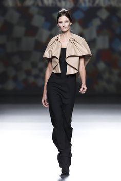 AA de Amaya Arzuaga. Invierno 2014/2015 Mercedes-Benz Fashion Week Madrid