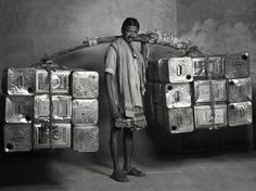 A Photo Series Documenting India's 'Dying' Professions - DesignTAXI.com
