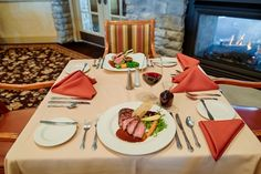 Hagerstown Maryland Fountain Head Country Club Fine dining wedding dinner lunch
