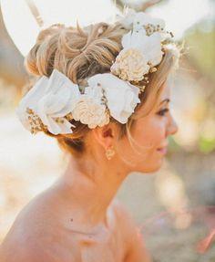 Bridal hair, flower crown, up do Wedding Trends, Wedding Styles, Floral Headpiece, Bridal Flowers, Floral Crown, Bridal Hair Accessories, Bridal Headpieces, Pretty In Pink, Dream Wedding