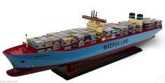 """MC-KINNEY MØLLER Triple-E Maersk Container Carrier Ship Model 40"""""""