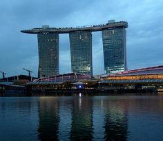 シンガポール:マリーナ ベイ サンズ