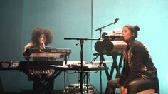 listen to these 2 talented ladies :: River - IBEYI Maison D. Féry Nanterre - 07.11.2014