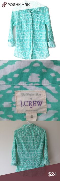 J.Crew Turquoise Ikat Print Perfect Button Shirt The perfect shirt by J.Crew Factory in a bright blue green ikat printed career professional button-up top. J. Crew Factory Tops Button Down Shirts