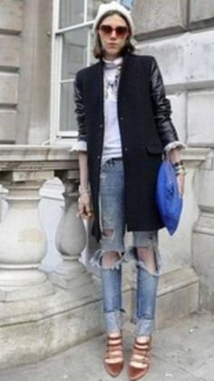 Check this out! via @AOL_Lifestyle Read more: http://www.aol.com/article/2015/07/30/60-stylish-ways-to-wear-a-basic-pair-of-blue-jeans/20808007/?a_dgi=aolshare_pinterest#fullscreen
