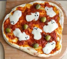 ghost pizza! so flipping cute.