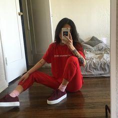 alyssa lau - visvya:   https://www.instagram.com/p/BHBCkWBjbWe/