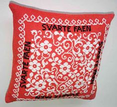 1DHb Hanne: Geriljabroderi Guerrilla, Diaper Bag, Needlework, Cross Stitch, Throw Pillows, Embroidery, How To Make, Crafts, Stitches