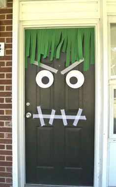Saw this posted for Halloween BUT what an awesome entrance to a Monster Party! Theme Halloween, Halloween Door, Toddler Halloween, Halloween Birthday, Halloween Activities, Holidays Halloween, Halloween Crafts, Holiday Crafts, Holiday Fun