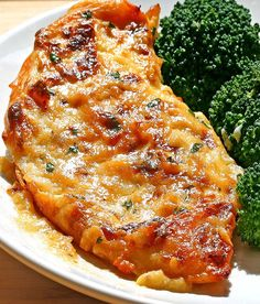 Melt In Your Mouth Chicken - CakescottageYou can find Meat recipes and more on our website.Melt In Your Mouth Chicken - Cakescottage Yummy Chicken Recipes, Turkey Recipes, Meat Recipes, Cooking Recipes, Heavenly Chicken Recipe, Baked Boneless Chicken Recipes, Different Chicken Recipes, Chicken Fillet Recipes, Recipies