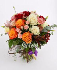 Cocktail de culori Floral Wreath, Wreaths, Home Decor, Room Decor, Garlands, Home Interior Design, Decoration Home, Floral Arrangements, Flower Garlands