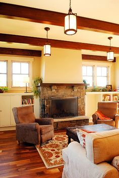 THIS is the fireplace want the beams in my house to look like these