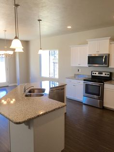 It is fun seeing the personal touches homebuyers are putting in their homes in Market Place. Here is the kitchen of one of the homes closest to being completed. Nice taste.  #libertyhomes #bluffdale #newhome #homedesign #kitchen #kitchenlife #granite #stainlesssteel #wood #instahome #interiordesign #beautiful #utahbuilder #utahrealestate #utahhomes #homesweethome #white #bright #islandbar #homebuilder