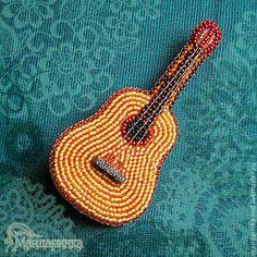 Броши ручной работы. Ярмарка Мастеров - ручная работа. Купить Брошь из бисера Гитара. Handmade. Оранжевый, универсальный подарок