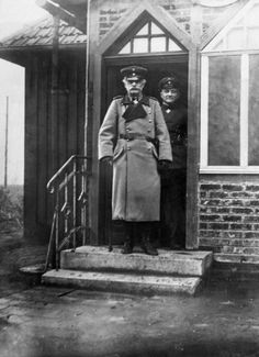 General Baron Ludwig von Falkenhausen, General Governor of Belgium and Cavalry Captain Baron Manfred von Richthofen after his 28th air victory.