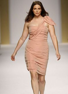 9 Fashion Rules Curvy and Plus Size Transgender Women Should Break