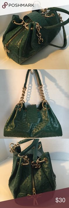 "🌸SALE🌸Isabella Adams Ostrich Leather Handbag Stunning leather handbag in excellent condition! Length 13"", base 5"", height 8"". Zip and magnetic closure, 2 side magnetic closure pockets large compartment with side zip pocket . Gorgeous Handbag! Isabella Adams Bags Shoulder Bags"