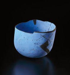 PHILLIPS : UK050314, Gordon Baldwin, Massive blue bowl