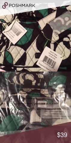 """Vera Bradley Triple Zip Bag & ID Coin Case NEW PURCHASED NEW FROM VERA BRADLEY GREEN/BLACK/WHITE TRIPLE ZIP PURSE CROSSBODY:    11.75"""" Wide x 11.5"""" High 1.75"""" Deep and 55"""" Adjustable Strap    2 Zip Outside Pockets1 Pocket with 2 Envelope Pockets    Main Zip Closure Main Inside Zip Closure                                   AND    ID & COIN CASE:    5 inches x 3.25 inches Zip closure    ID window Divided compartment for holding coins or other small items Vera Bradley Bags Crossbody Bags"""