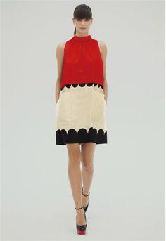 VB Spring Summer 2012 / Este original vestido sin mangas en tres colores (rojo, blanco y negro) es uno de los diseños que encontrarás en la colección de Victoria Beckham para esta primavera.