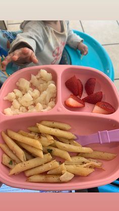 Healthy Toddler Meals, Toddler Lunches, Kids Meals, Baby Led Weaning First Foods, Baby First Foods, Healthy Baby Food, Healthy Lunches For Kids, Baby Meal Plan, Baby Food Recipes