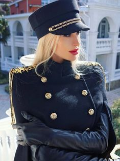 Military Jacket Outfits, Military Suit, Military Looks, Military Style Jackets, Military Women, Military Fashion, Sexy Outfits, Elegant Gloves, Gloves Fashion