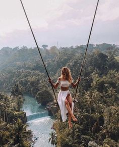 15 stunning hotels that are picture perfect You are in the right place about goals list Here we offer you the most beautiful pictures about the goals squad you are looking for. When you examine the 15 stunning hotels that are picture perfect part of … Ubud, Travel Photographie, Voyage New York, Destination Voyage, European Destination, Photos Voyages, Beautiful Places To Travel, Romantic Travel, Beautiful Things