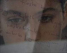 """Foto: #Fatmagul """"Yo, con el corazón en llamas quiero cambiar el curso de las cosas que son más poderosas que yo, quiero regresar el tiempo atrás . Como quiesiera borrar esos momentos en que no hay luz , ni para ti , ni para mí Los tiempos en los que no importa cuanto brilla el sol si tú no estas. Ahora viviré con la esperanza de que algún día me perdones , me verás una y mil veces pidiéndote perdón, con esos ojos que nunca quisieron ver los míos. Soñaré con el día en que pueda reconstruir…"""