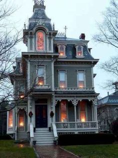 Architecture An awesome Gothic house. An awesome Gothic house. Victorian Architecture, Beautiful Architecture, Architecture Design, Beautiful Buildings, Building Architecture, Classical Architecture, Old House Design, Cottage Design, Cool House Designs
