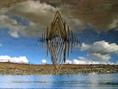 un-artiste-utilise-le-reflet-de-leau-et-la-lumiere-pour-creer-des-oeuvres-symetriques-hypnotisantes5