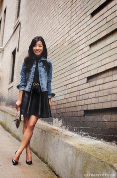 Black on black: turtleneck tank + (faux) leather skirt revie Black Leather Skirts, Faux Leather Skirt, Leather Leggings, Kids Denim Jacket, Fashion Looks, Curvy Petite Fashion, Extra Petite, American Apparel Tops, Black Turtleneck