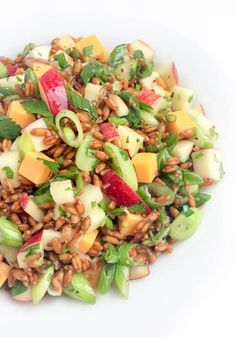 Spelt Salad With Apples, Cheddar and Scallions - A hearty and flavor-packed whole grain salad made with chewy spelt, crunchy apples and sharp cheddar cheese.