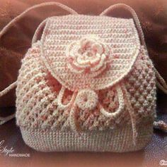 I'd skip the flower (or maybe do the flower in brighter colors, with a different color plan. Crochet Backpack, Crochet Tote, Crochet Handbags, Crochet Purses, Love Crochet, Crochet Crafts, Crochet Stitches, Crochet Projects, Knit Crochet